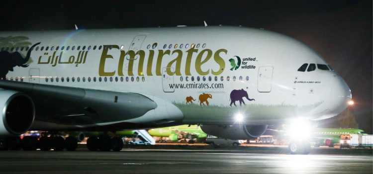 A380 future in doubt as Airbus meets with Emirates