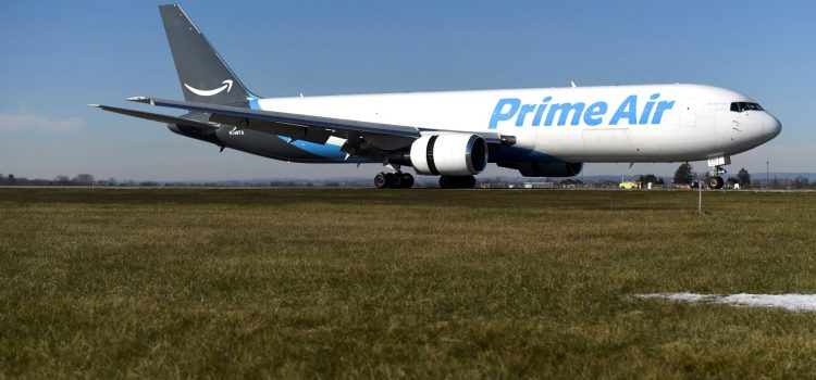 Investigators begin 'painstaking' probe into deadly Amazon cargo jet crash