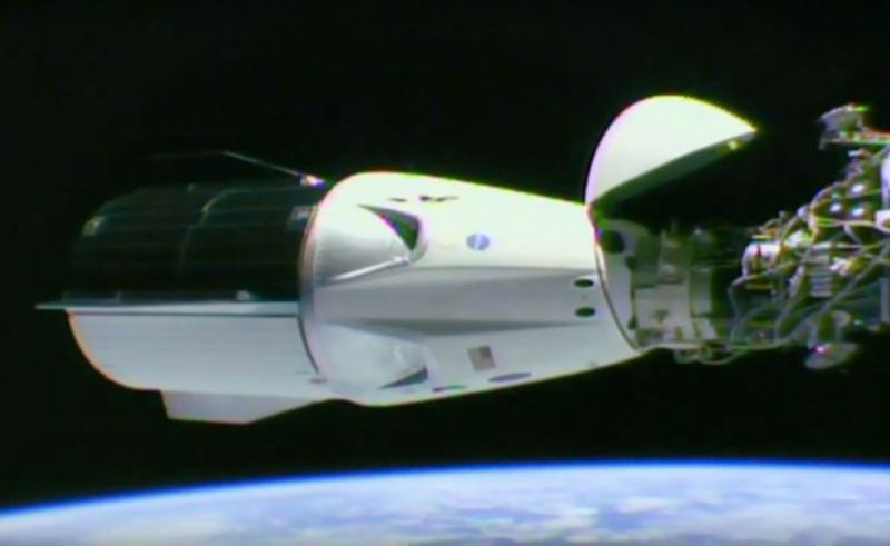A video grab taken from a NASA/SpaceX webcast transmission on March 3, 2019 shows SpaceX Dragon capsule docked at the International Space Station (AFP Photo/HO)