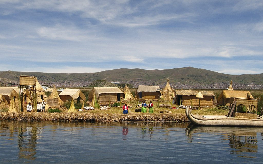 lake-titicaca-uros-islands