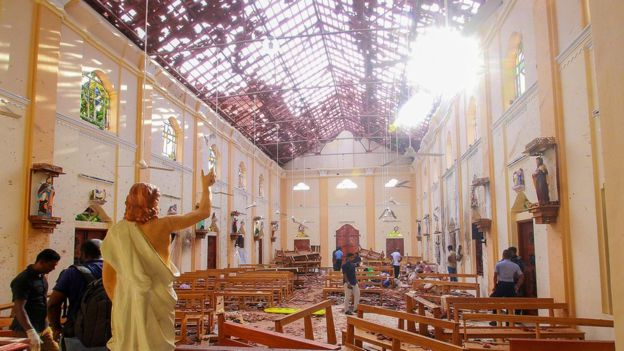 Sri Lanka attacks: Mass funeral on day of mourning