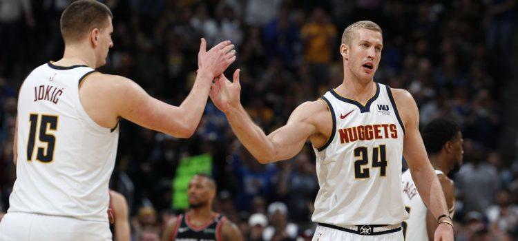 Jokic helps Nuggets win Game 1 over Portland
