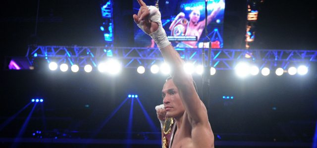 Juan Francisco Estrada outboxes Srisaket Sor Rungvisai to claim WBC junior bantamweight title