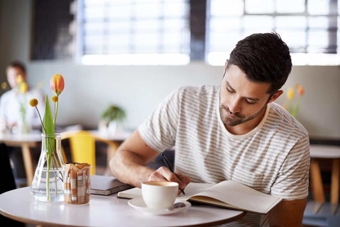Keeping a food journal can help when following a diet plan.