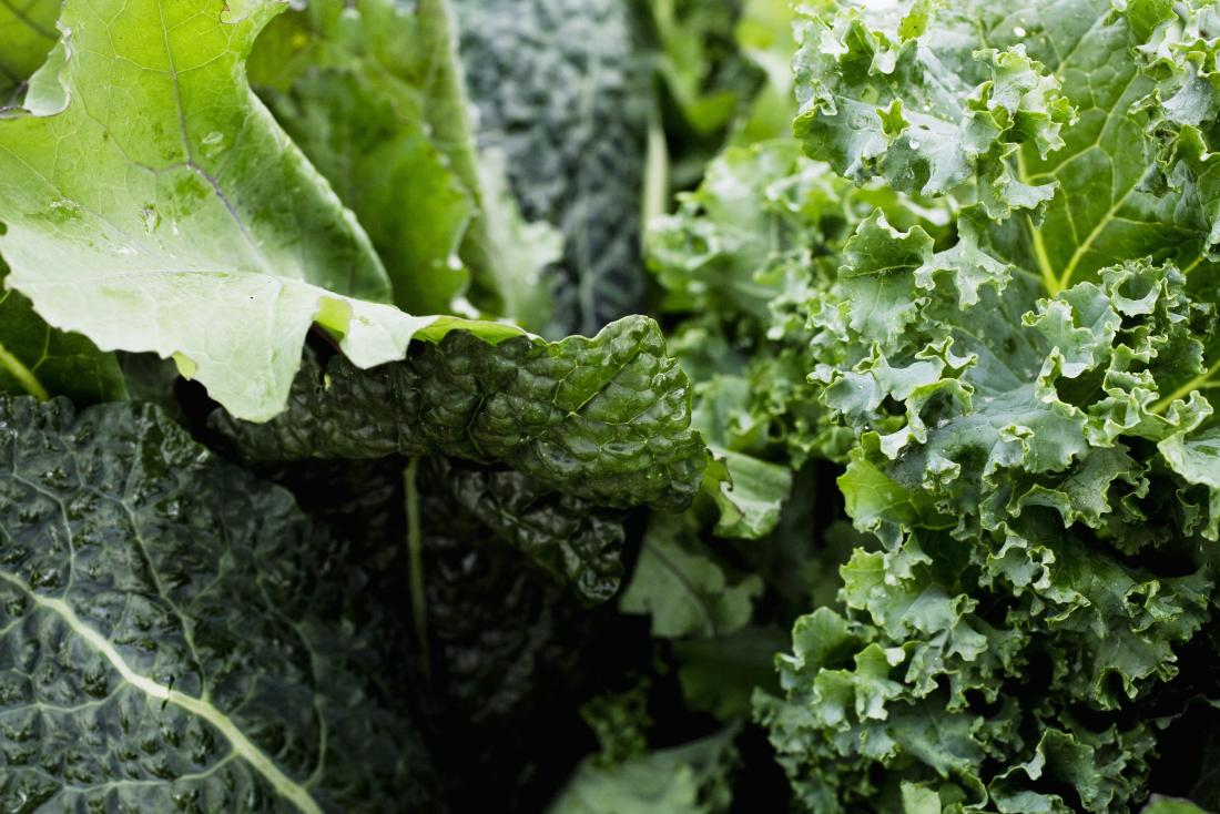 Leafy greens which contain vitamin K-2