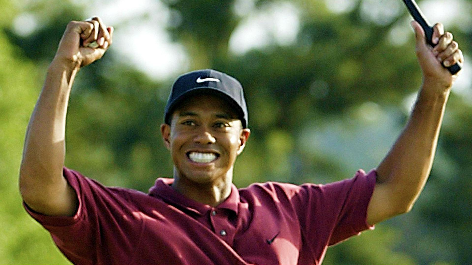 Tiger Woods 2002.jpg