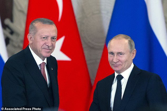 Putin and Erdogan discuss 'strengthening military cooperation'
