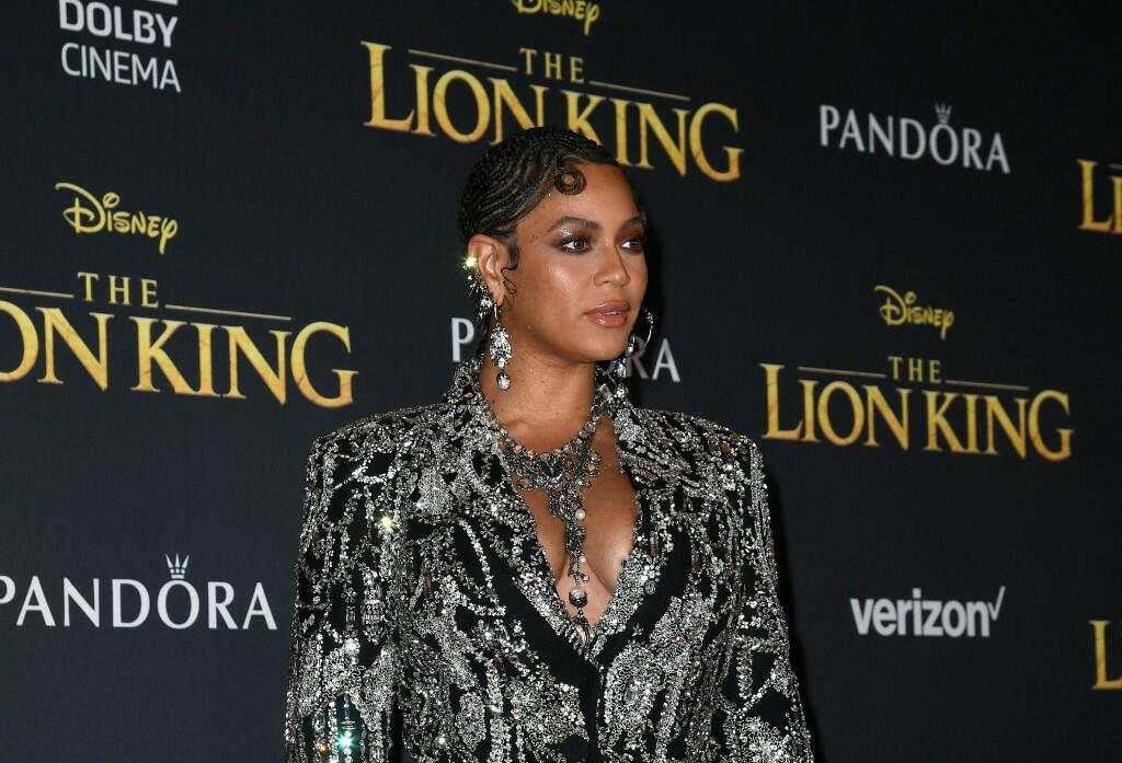 Why Did Beyonce Get Standing Ovation at 'Lion King' Premiere?