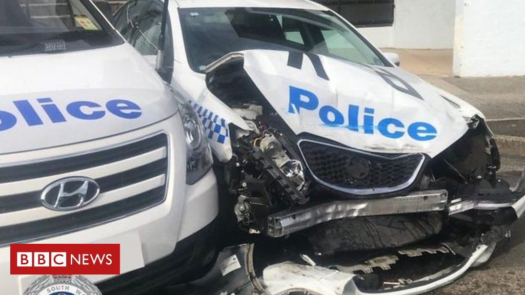 Van Carrying with Illegal Drugs Crashes into Patrol Car in Sydney