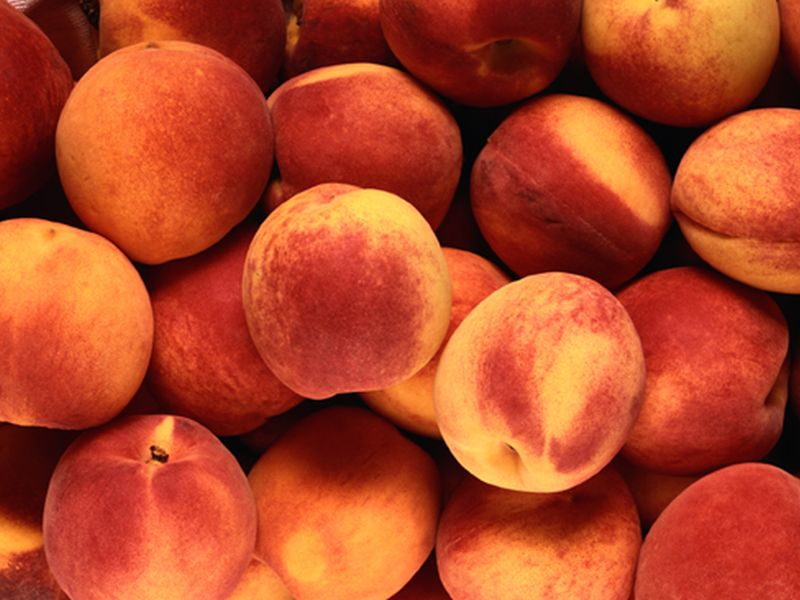 News Picture: Healthy, Delicious Cooking With Summer's Peaches, Plums
