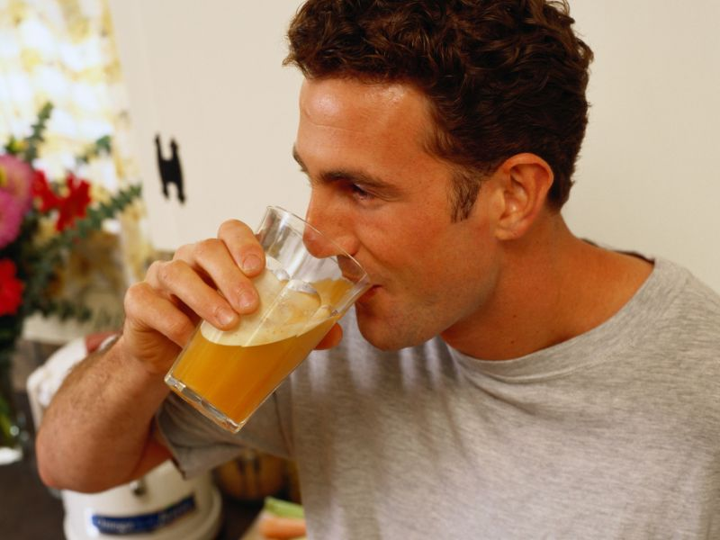 News Picture: Sugary Sodas, Juices Tied to Higher Cancer Risk