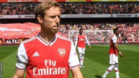 Arsenal Defender Nacho Monreal Joins La Liga Side Real Sociedad