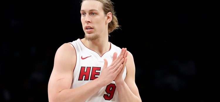 Kelly Olynyk Suffers Leg Injury in a FIBA Exhibition Game with Nigeria