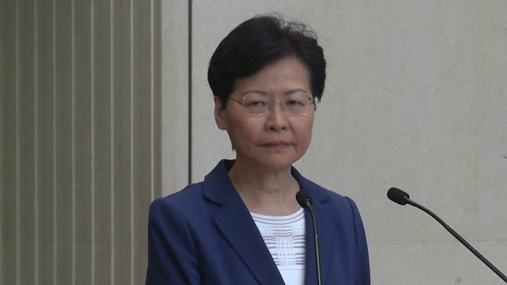 Hong Kong Leader Carrie Lam Warns Anti-Government Protesters not to Push the City into an 'Abyss'