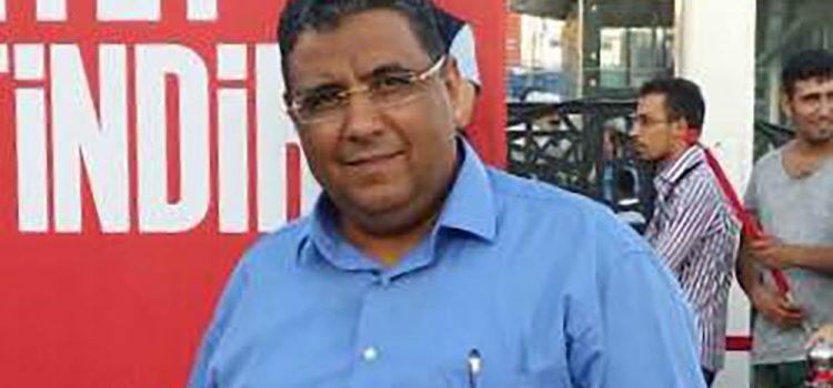 Egyptian Authorities Reject a Request by the Detained Journalist Mahmoud Hussein to Visit Ailing Father
