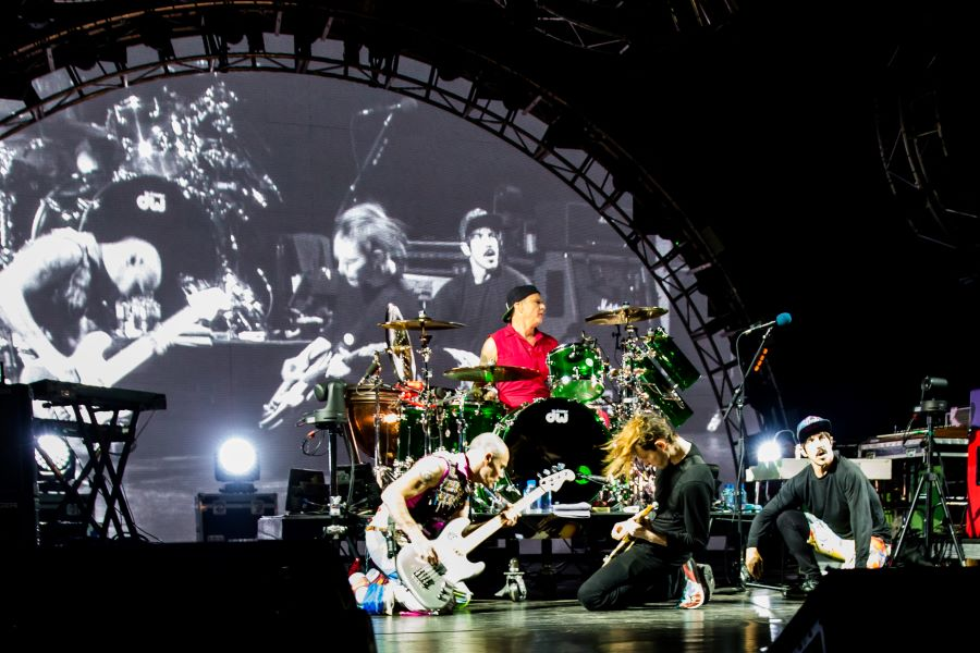 Red Hot Chili Peppers to Perform First-ever UAE Concert