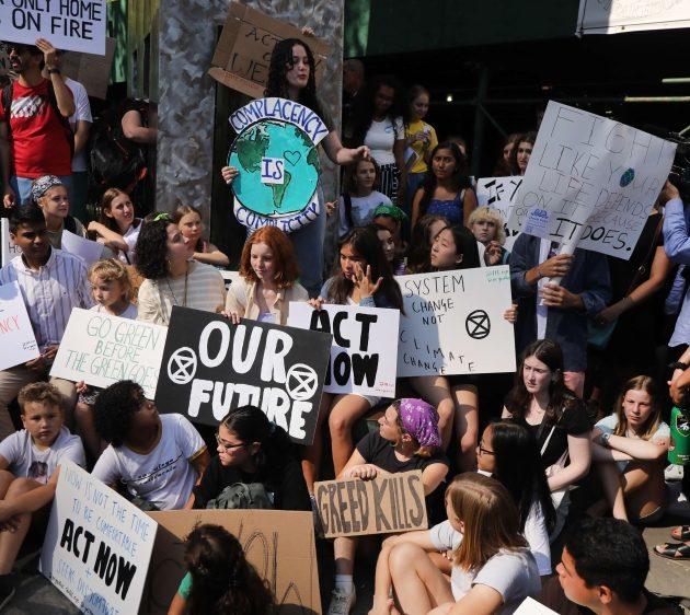 Climate Change Activist Greta Thunberg Tells US Congress to Wake Up on Climate Change Issue