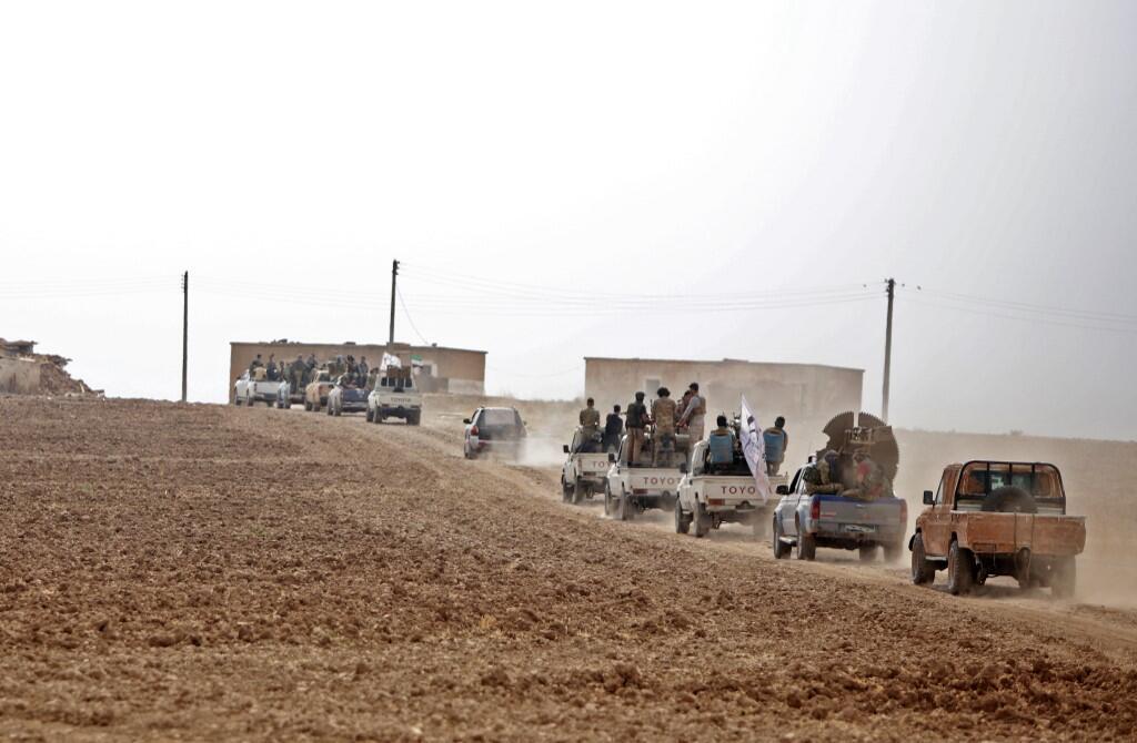 Syrian Regime Troops Enter Kobani, Bloc Turkish Military Advance