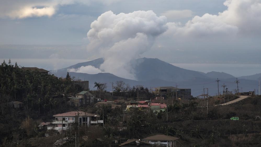 Threat of 'Explosive Eruption' at Taal Stalks Filipino Evacuees