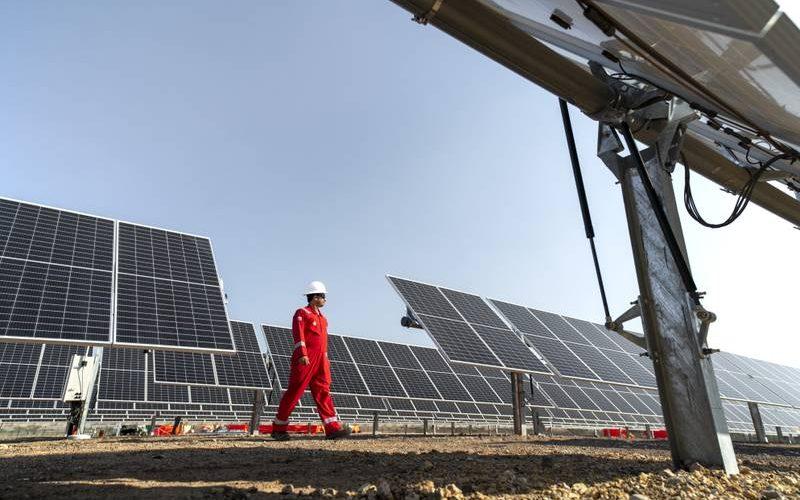 Shell plans to boost Oman renewable energy portfolio