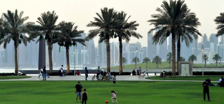 Meteorology warns of rain and strong wind today; weekend to be hot with some clouds