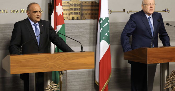 Jordan PM Says Ready to Expedite Gas Delivery to Crisis-hit Lebanon